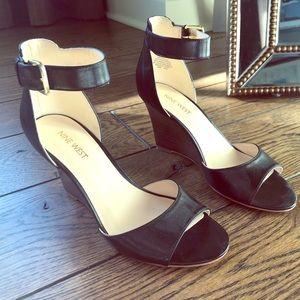 Nine West Black Leather Wedge High Heels size 7